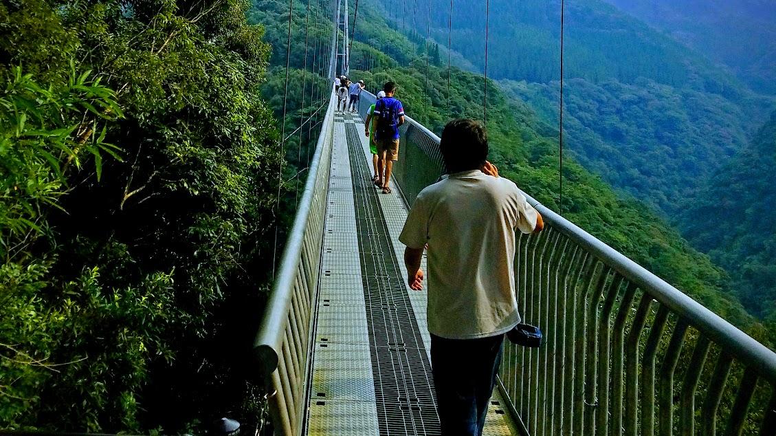 【照葉大吊橋】宮崎県東諸県郡綾町の本庄川にかかる大吊橋